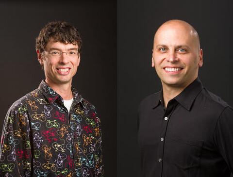 Image of Associate Professor Sindelar and Professor De La Cruz